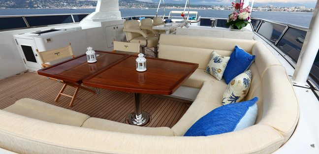 Smiling T Charter Yacht - 7