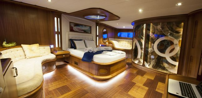 Berrak Su Charter Yacht - 4