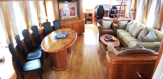 Netty Elaine Charter Yacht - 3