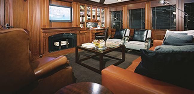 FOCUS Yacht - North American Yachts | Yacht Charter Fleet