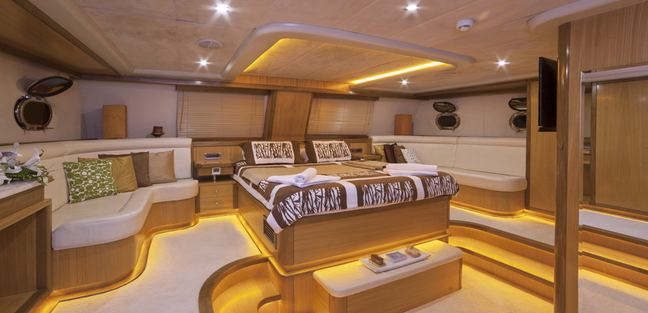 Justiniano Charter Yacht - 6