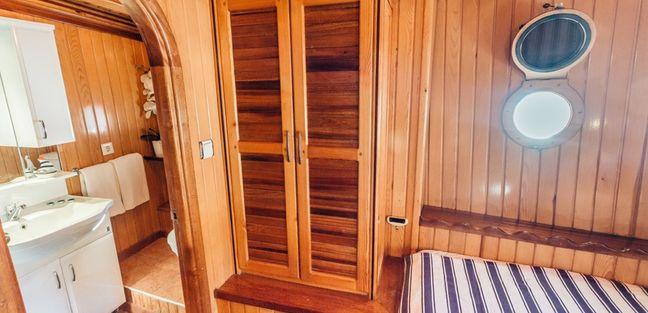 Sadri Usta Charter Yacht - 6