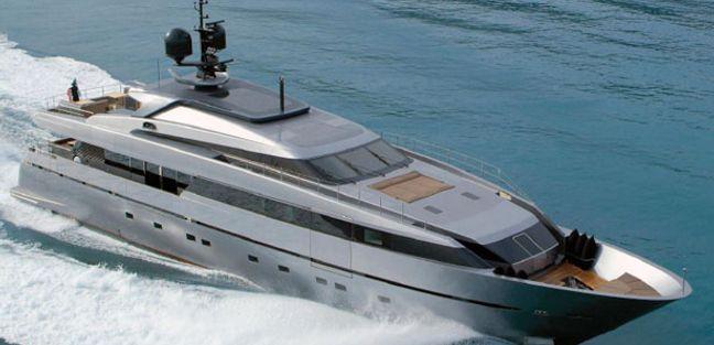 Tesoro Charter Yacht