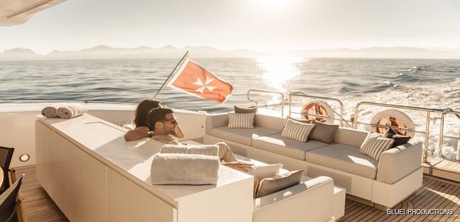 Beachouse Charter Yacht - 7