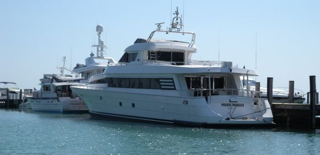 Angelee Charter Yacht