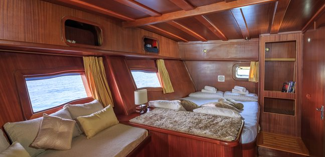 Allure Charter Yacht - 8