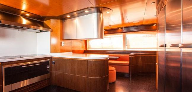 Blosson Charter Yacht - 8
