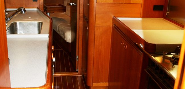 Capo Giro Charter Yacht - 5