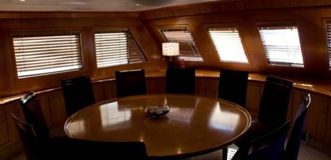 Jackie O Charter Yacht - 7
