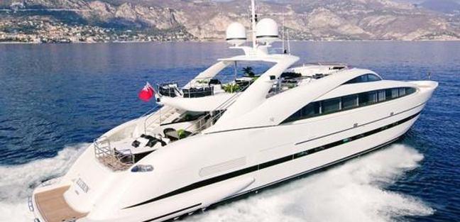 Sun Glider II Charter Yacht