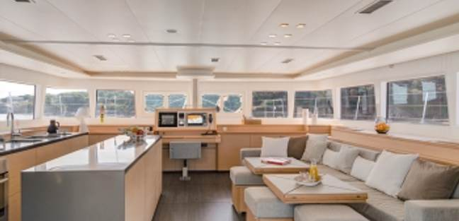 Tiger Lily Charter Yacht - 5