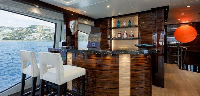 Lady M Charter Yacht - 6