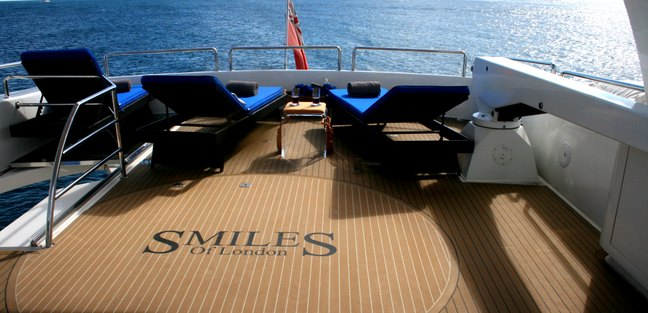 Smiles of London Charter Yacht - 3