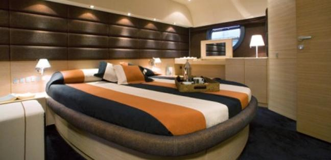 Regis Charter Yacht - 6