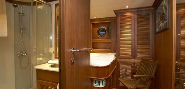 Kairos III Charter Yacht - 2