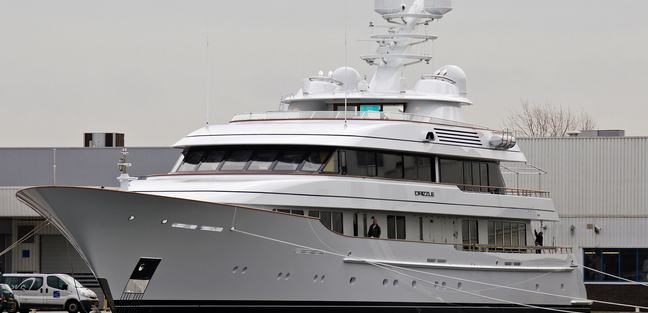Drizzle Charter Yacht - 2