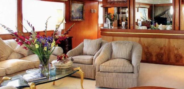 News Charter Yacht - 4