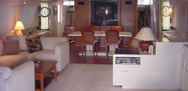 La Isla Charter Yacht - 5