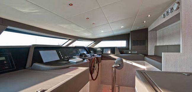 Elmo Charter Yacht - 8