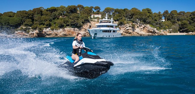 Mimi la Sardine Charter Yacht - 5