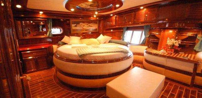 Esma Sultan Charter Yacht - 4