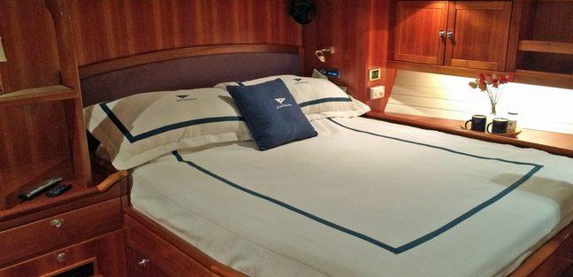 Luna Danns Charter Yacht - 8