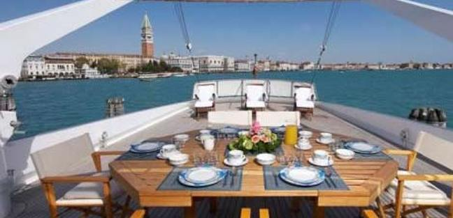 Intuition Lady Charter Yacht - 4