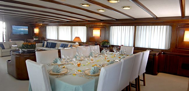 Intuition Lady Charter Yacht - 6