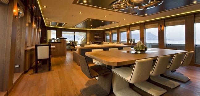Vantage Charter Yacht - 8