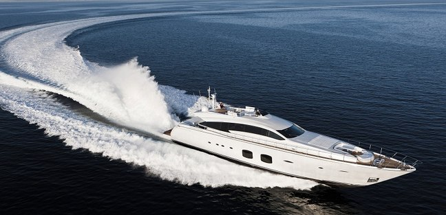 Le Caprice IV Charter Yacht