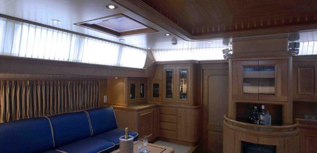 Antares Avance Charter Yacht - 7