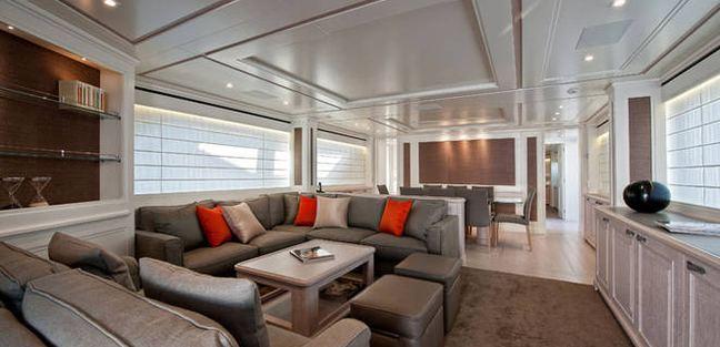 Elmo Charter Yacht - 5