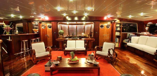 Douce France Charter Yacht - 7