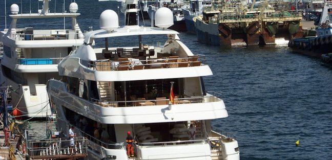 Follow Me V Charter Yacht - 4