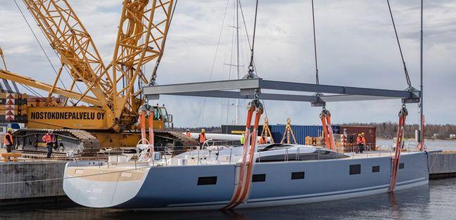 Liara Charter Yacht - 3