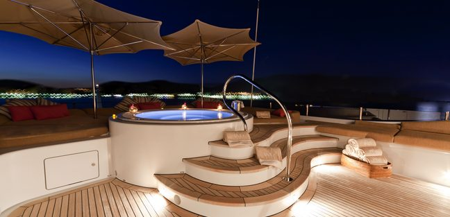 Were Dreams Charter Yacht - 3