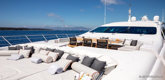 Beachouse Charter Yacht - 5