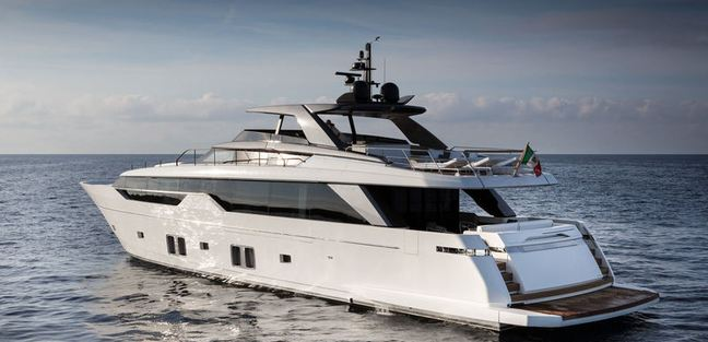 The Maggie Charter Yacht