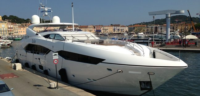 Sia Charter Yacht