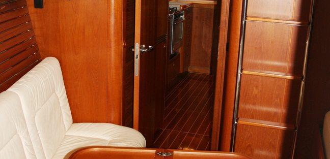 Capo Giro Charter Yacht - 4