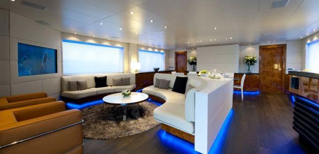 Palm B Charter Yacht - 6