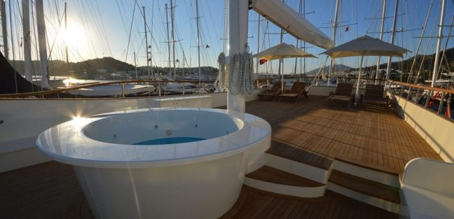 Gul Sultan Charter Yacht - 7
