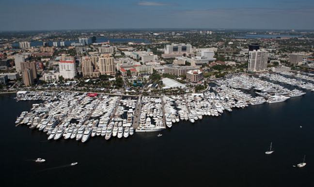 Palm Beach Boat Show 2015 | Yacht Charter Fleet