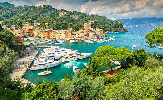 Charter smarter: 6 reasons to book your Mediterranean yacht charter now