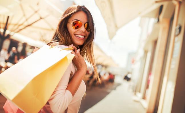 female shopping in Porto Cervo