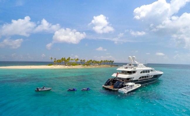 Social Distancing Yacht Bahamas