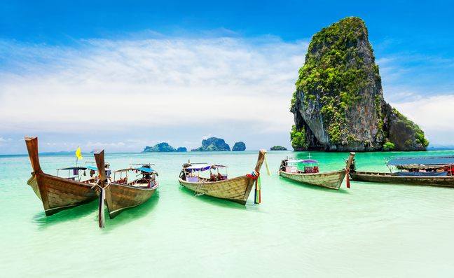 6 of the Best Beaches to Visit on a Thailand Luxury Yacht Charter