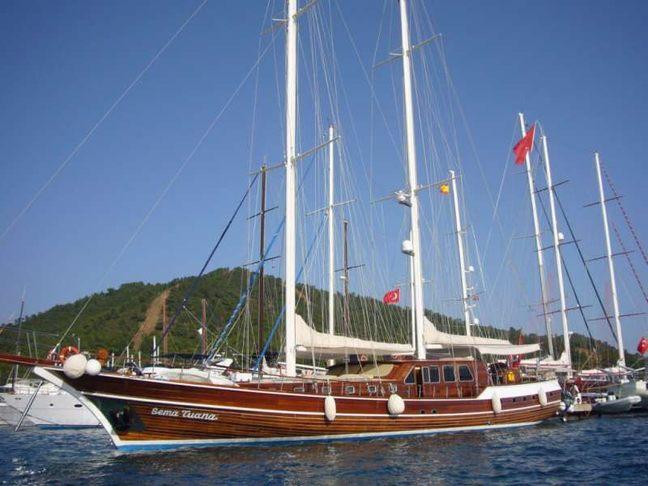 Sema Tuana Charter Yacht