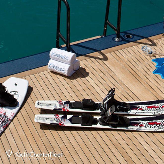 Swim Deck - Watersport Equipment