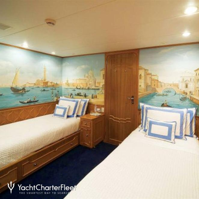Twin Stateroom - White
